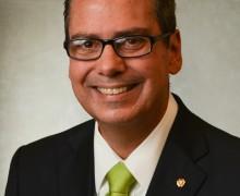 Allen Frazier named dean of Carter College of Business Administration